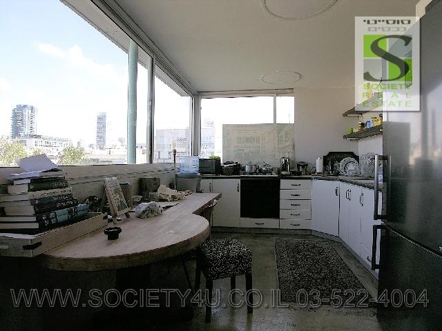 מותג חדש להשכרה | דירות גג | פנטהאוס | תל אביב FW-86